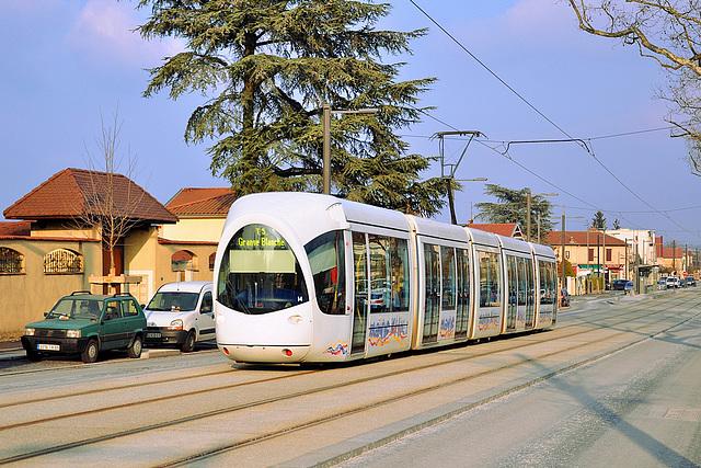 Tram pour Grange Blanche