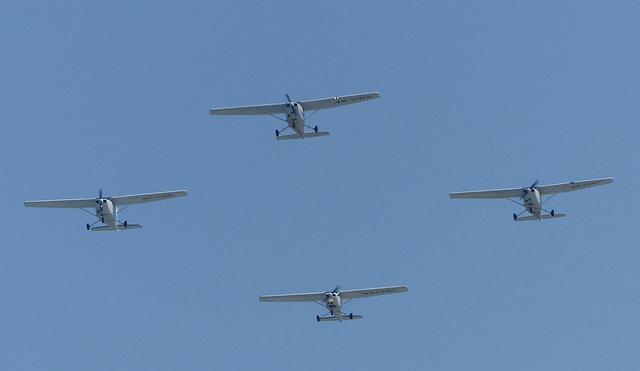 4 x Moonair Cessnas (1) - 23 May 2014