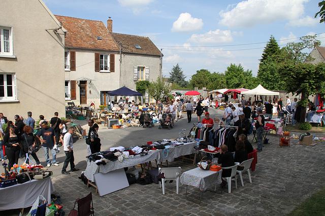 Vide-greniers - 1er mai 2011