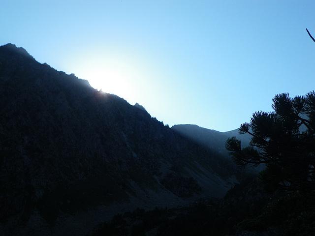 Lever du soleil pyrénéen.