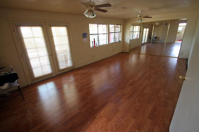 Bedroom Floor - with wood (0551)