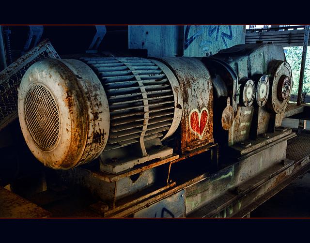 100000_watt_heartbeat