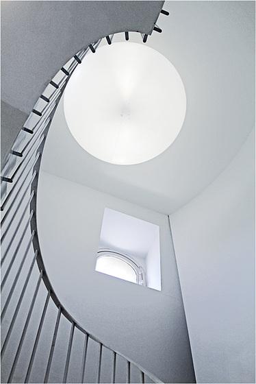 la lune blanche...du musée Tomi Ungerer
