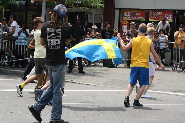 139.40thPride.Parade.NYC.27June2010