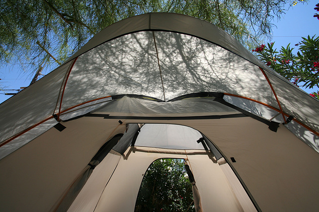 Tent with rainfly (0303)