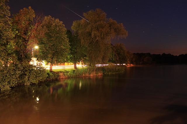 Meteor (Météore) zerfällt über Moritzburg bei Dresden