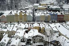 Stadtplatz wintergrau