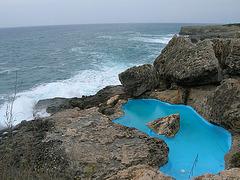 """Piscine naturelle (eau salée) de l'hôtel """"las rocas"""""""