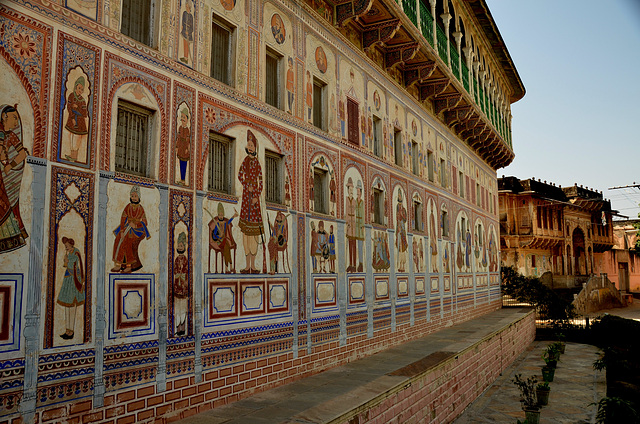 Painted havelis  (grand 19th century houses)