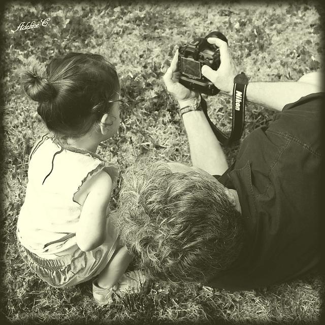 Le photographe et son petit modèle