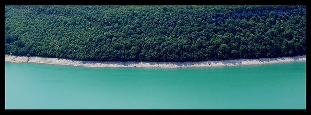 Jura Au bord du lac