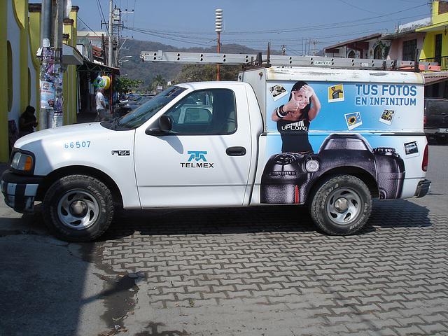 Camion Telmex truck - 1er mars 2011