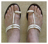Les Pieds de Dame Simone en sandales indiennes / Lady Simone's feet in Indian sandals  - Recadrage