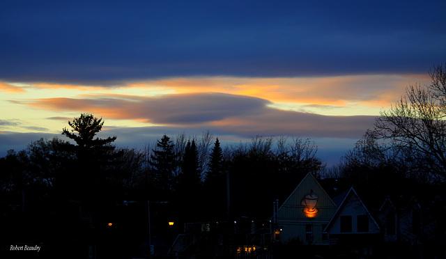 Lueur dans les nuages