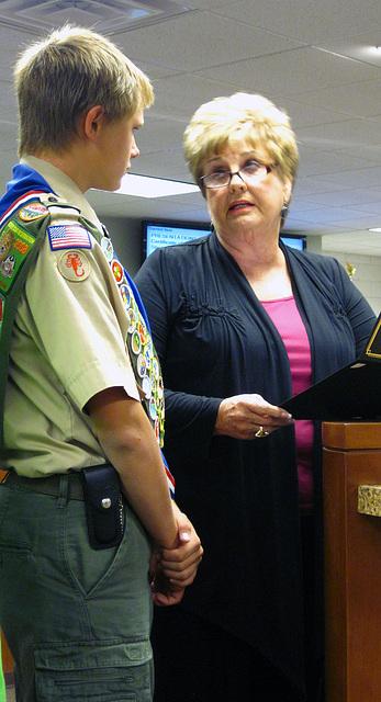 Eagle Scout Cameron Stiede & Mayor Parks (0839)