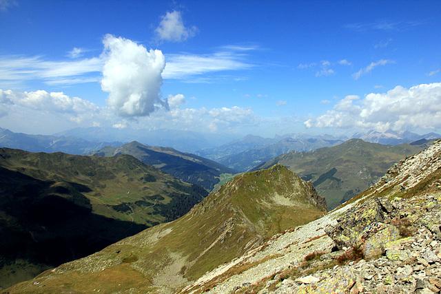 Blick in die schweizer Berge Richtung Davos - Klosters
