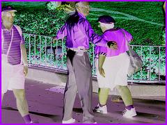 Crew Lady in action - Action ! Dame en bleu bien équipée ! Disney Horror pictures show - Effet de négatif / Negative atwork.