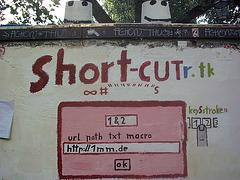 short-CUTr.tk @ Berlin  Mariannenplatz