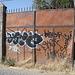 Barricade & graffitis - 22 mars 2011