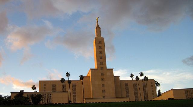 Great L.A. Walk (1618) LDS Temple