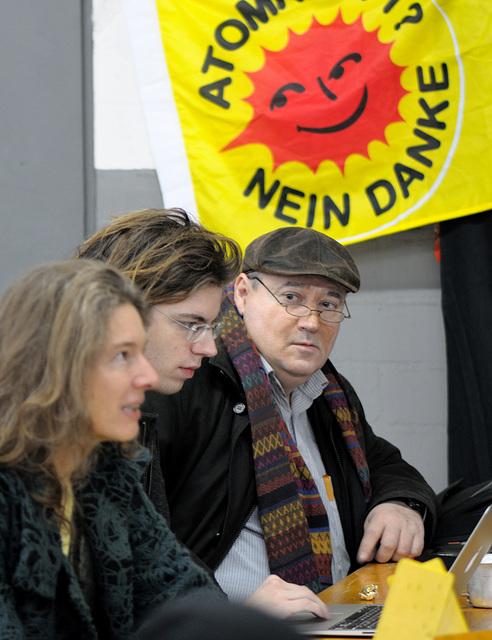 Dannenberg - Mahnwachencamp der AntiAtomPiraten - Fraktionssitzung der Berliner Piraten - 111127 1206 DSC0199