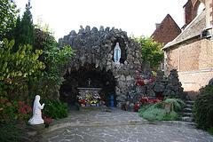Grotte N-D de Lourdes à Elouges