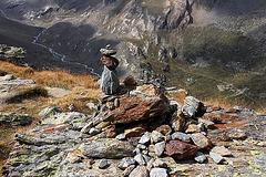 Steinmännchen mit Blick ins Martelltal