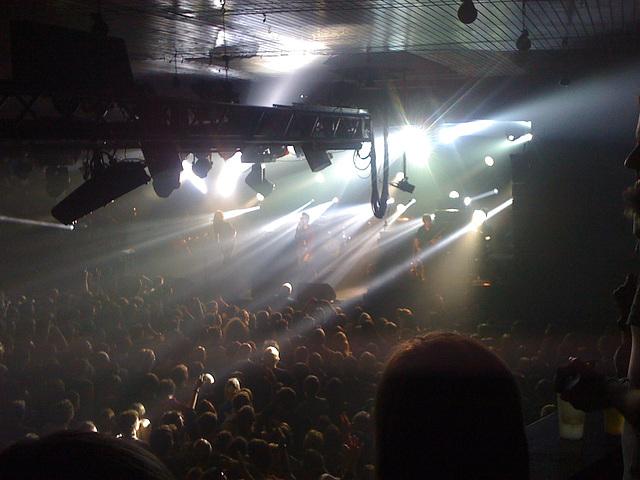 KASABIAN - live @ Hamburg, Große Freiheit 36 am 16.11.2011 / IMG 0788
