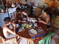 Somero -vilaĝo-familio/Summer-village-family