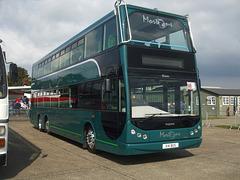 DSCF6067 Morton's X14 BUS