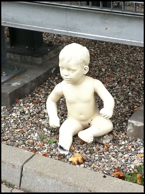 CHILD 4x