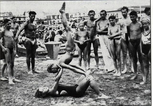 Vienna / Wien public bathes 1920' -3-