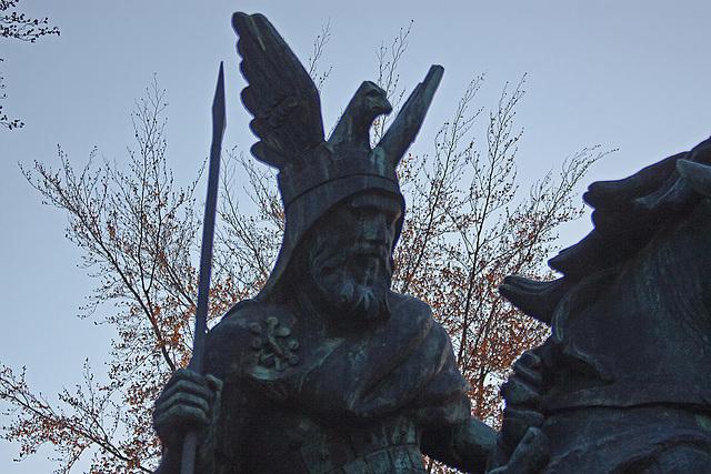 20111112 6855RAfw Wittekind-Denkmal [HF]