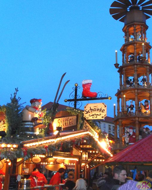 2011-12-15 24 Striezelmarkt