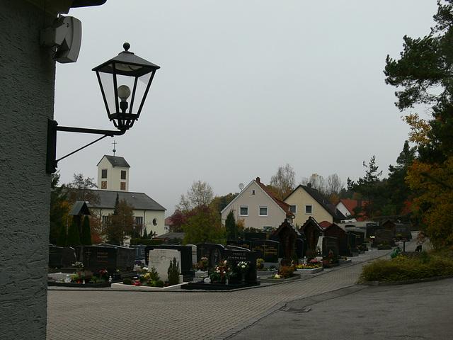 Allerseelenbesuch im Friedhof