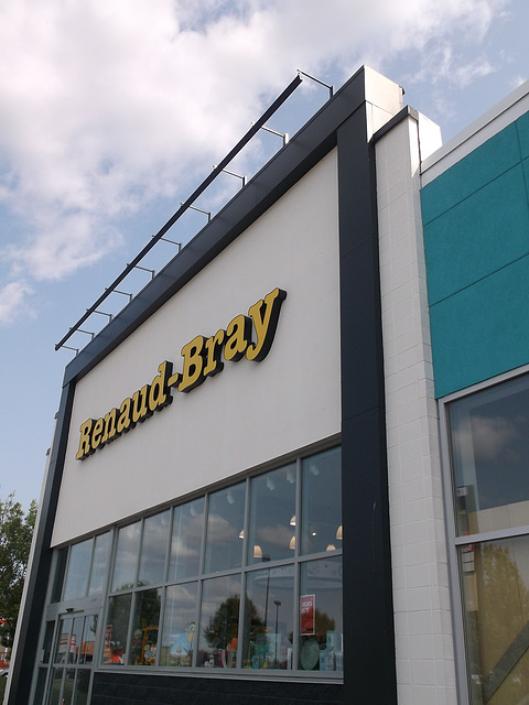 Renault & Bray en réflexion......