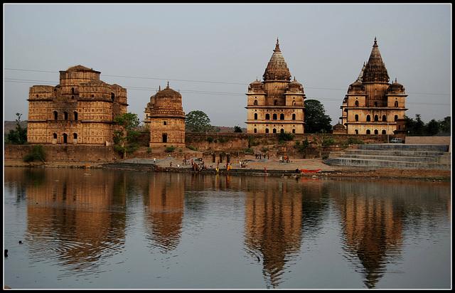 Chhatris(royal tombs). Orchha. India