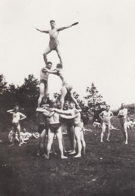 athletes in Arys, July 1932 -1-