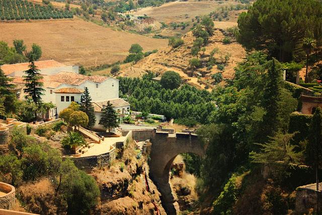 Ronda est une ville touristique située dans le sud de l'Andalousie, de la province de Málaga (Espagne),