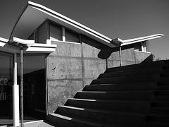 Baldwin Hills Scenic Overlook visitor center (2599)