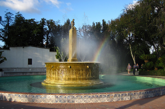 Great L.A. Walk (1548) Electric Fountain