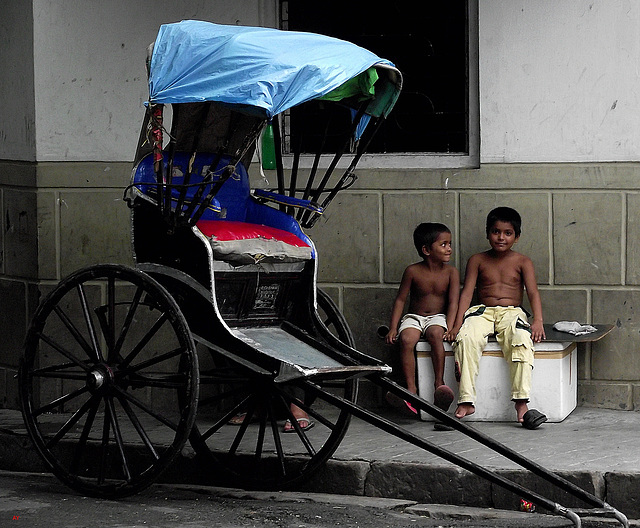 Rickshaw and boys