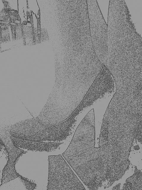 Les talons hauts de Lady Berhgam / Lady Berhgam' s high heels - Création mine de plomb
