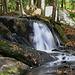Petite cascade d'eau