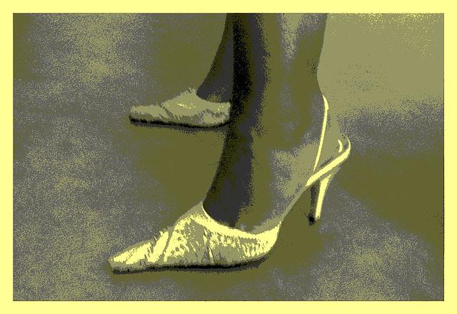 Lady Bergham en talons hauts / Lady Bergham's high heels - Recadrage encadré en blanc  / Vintage postérisé