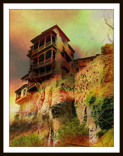 c'est une maison médievale construite dans la montagne
