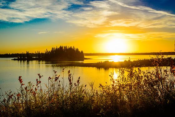 Astotin Lake