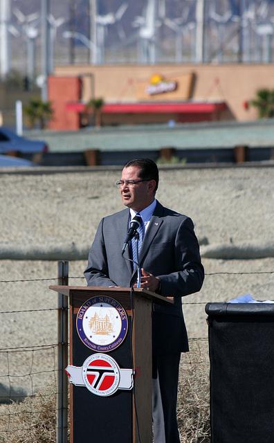 Assemblymember Pérez at I-10 Overpasses Ribbon Cutting (3420)