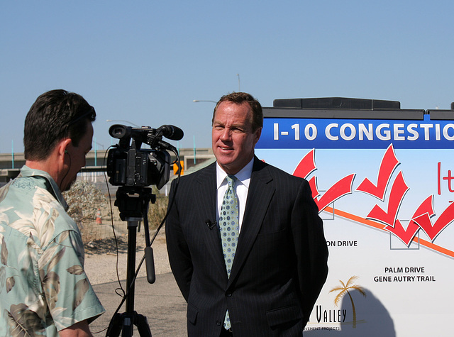Mayor Pougnet at I-10 Overpasses Ribbon Cutting (3447)