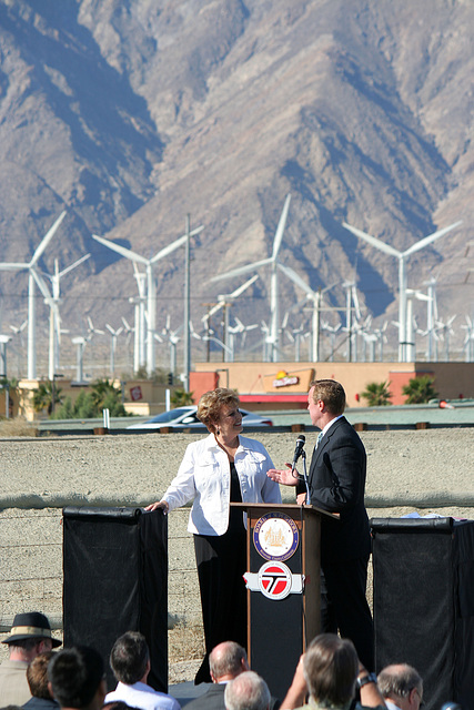 Mayors Parks & Pougnet at I-10 Overpasses Ribbon Cutting (3384)